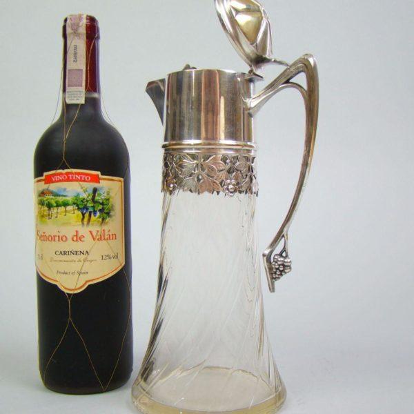dzban winorośle