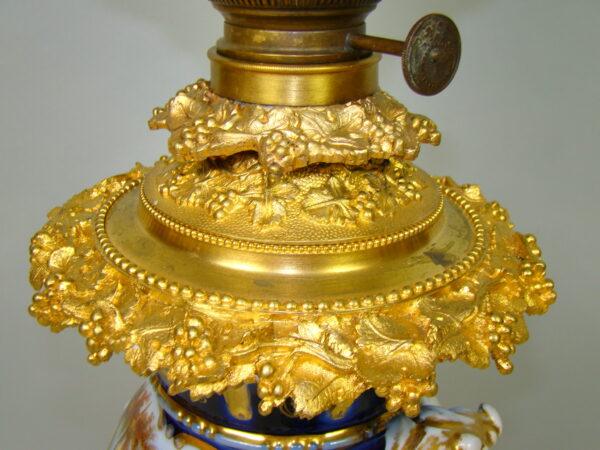 OLBRZYMIA LAMPA NAFTOWA NA ZŁOCONA A-1804
