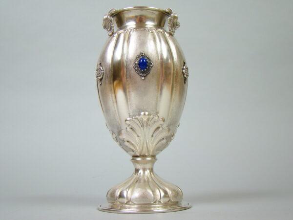 OLBRZYMI WAZON PRZEBOGATO ZDOBIONY PR. 800 A-1845